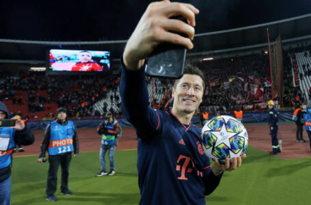 روبرت ليفاندوفسكي أفضل لاعب في الدوري الألماني