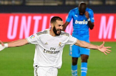 ريال مدريد يسحق فالنسيا بثلاثية نظيفة ضمن منافسات الدوري الإسباني
