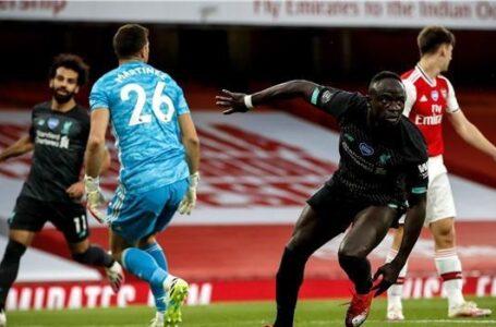 ليفربول يسقط أمام أرسنال بثنائية في الدوري الإنجليزي