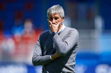 سيتين يعلن اتخاذ إجراءات قانونية ضد برشلونة بعد الإقالة