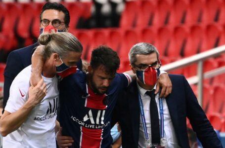 باريس سان جيرمان يعلن إصابة مدافعه بيرنات في الرباط الصليبي الأمامي